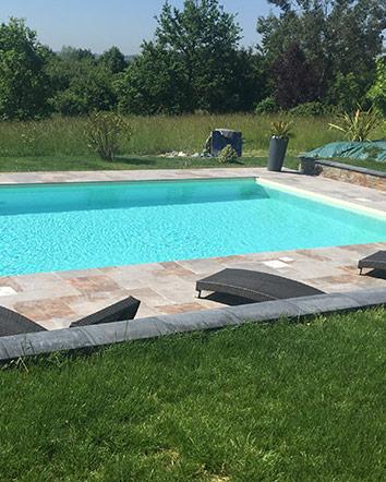 Faire construire une piscine en coque